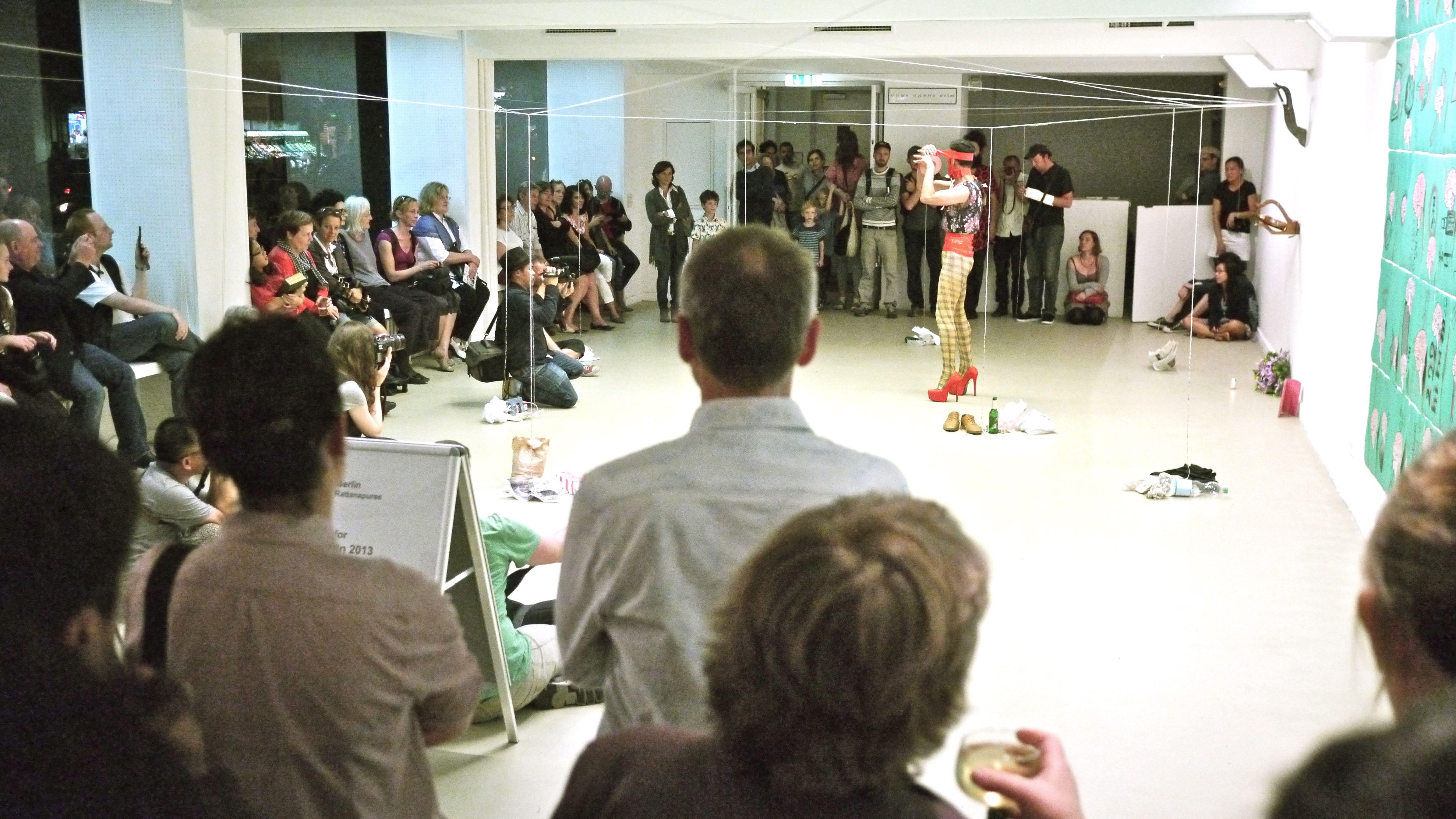 Exotika 2013- Performance SKALL Vernissage / Opening  Kunstverein Tiergarten/Galerie Nord